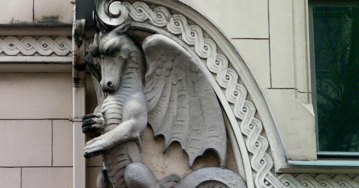 Riga Art Nouveau tour with knowledgeable tour guides